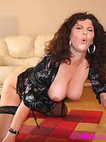 Gilly Sampson in stockings fucked by a machine