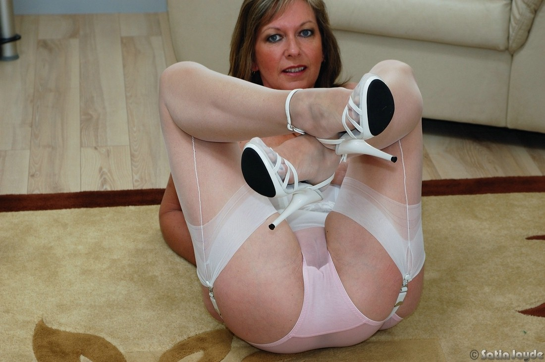 Milf White sheer bra